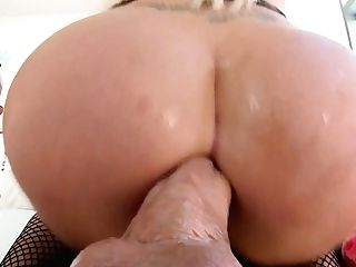 Captivating Towheaded Whore Summer Brielle Permits To Fuck Her Crazy Bulls Eye