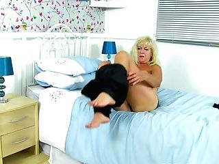 Over 60 Granny Sapphire Louise Fuck Sticks Her Old Cunt