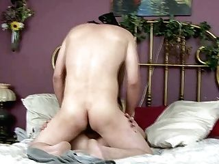 Light Haired Bitch With Nice Donk Gives A Excellent Oral Job To Her Bf