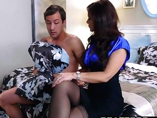 Brazzers - Moms In Manage - Lucy Doll Syren De Mer Jessy Jones - Her First-ever Footjob