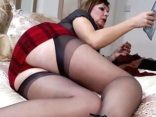 Horny Mummy Gets Off With Nylon Stocking