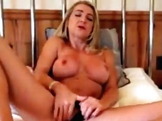 Sexy Blonde Mummy Hannah Masturbating