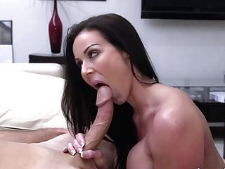 Miami Loves Kendra Eagerness's Big Tits And Backside