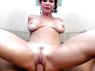 Stunning Bombshell Veronica Avluv Gives A Titfucking And Gets Fucked In Point Of View Clip
